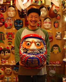 瀬川信太郎の民芸品店やうたげやダルマとは?wiki経歴と彼女を調査!【マツコの知らない世界】