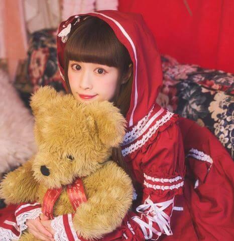 園崎まゆ(Mayuka/まゆろん)wiki!年齢&本名とロリータモデルの病院はどこ?【笑コラ】